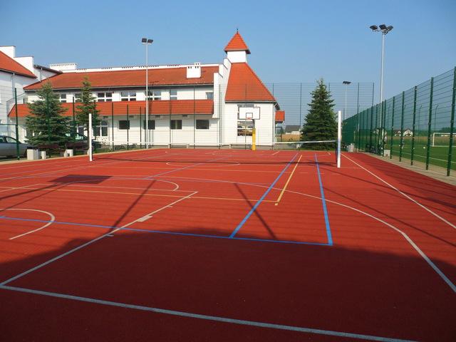 Kompleks boisk sportowych Orlik 2012 w miejscowości Łubniany 1.jpeg
