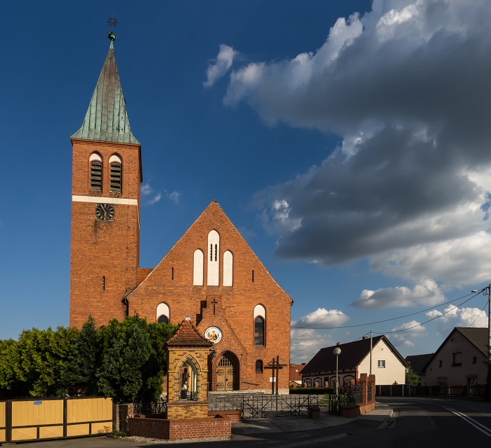Kościół pw. Św. Szczepana w Brynicy