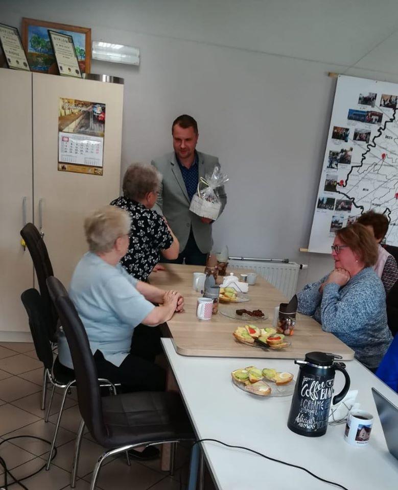 68. Spotkanie z Seniorami - Miedzynarodowy Dzień Seniora.jpeg