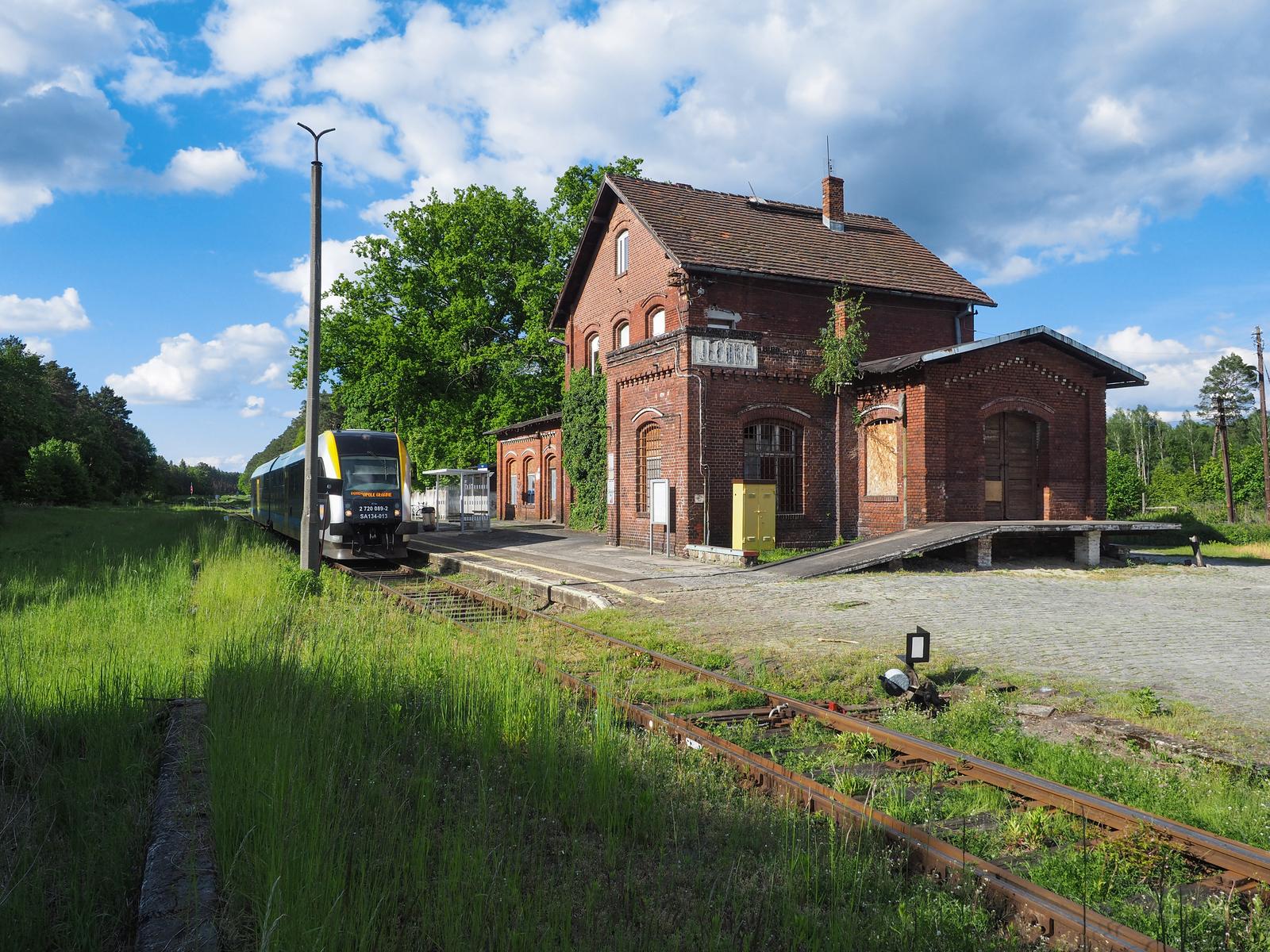 7. Jełowa - stacja kolejowa.jpeg
