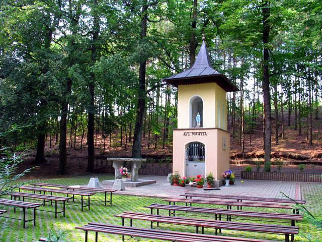 Dąbrówka Łubniańska-010.jpeg