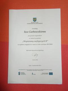 Gratulacje przyznania stypendium dla ucznia Iwa Garbowskiego