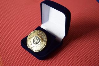 """Odznaka Honorowa """"Za Zasługi dla Województwa Opolskiego"""""""