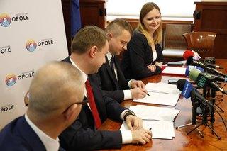 Galeria podpisanie umowy MZK Opole