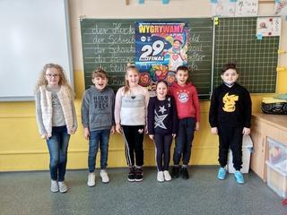 Uczniowie PSP w Łubnianach